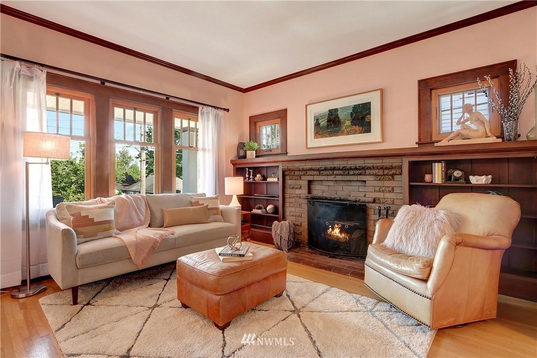 Sold Property   4655 Eastern Avenue N Seattle, WA 98103 4
