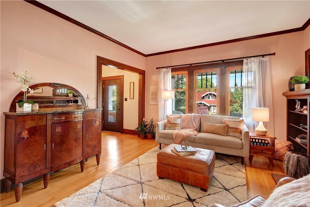 Sold Property   4655 Eastern Avenue N Seattle, WA 98103 5