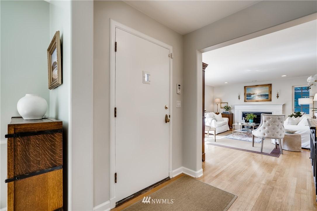 Sold Property   3022 42nd Avenue W Seattle, WA 98199 2