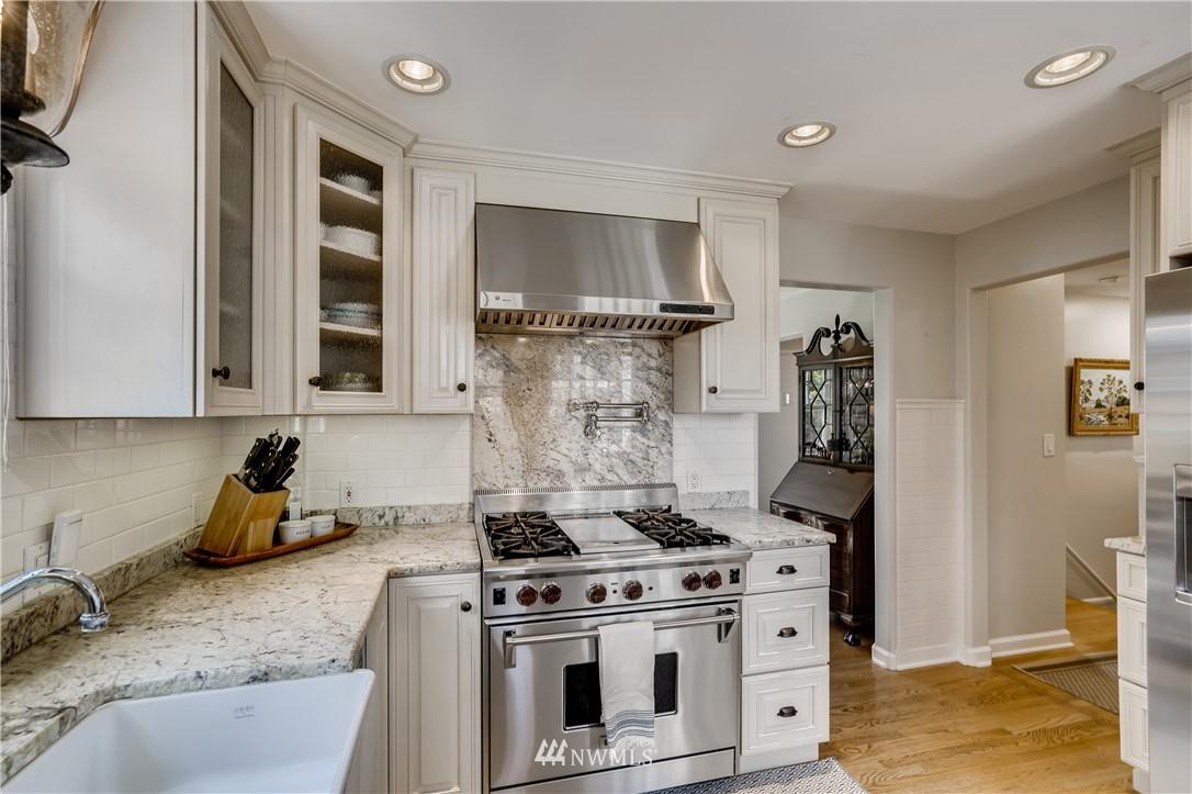 Sold Property   3022 42nd Avenue W Seattle, WA 98199 9