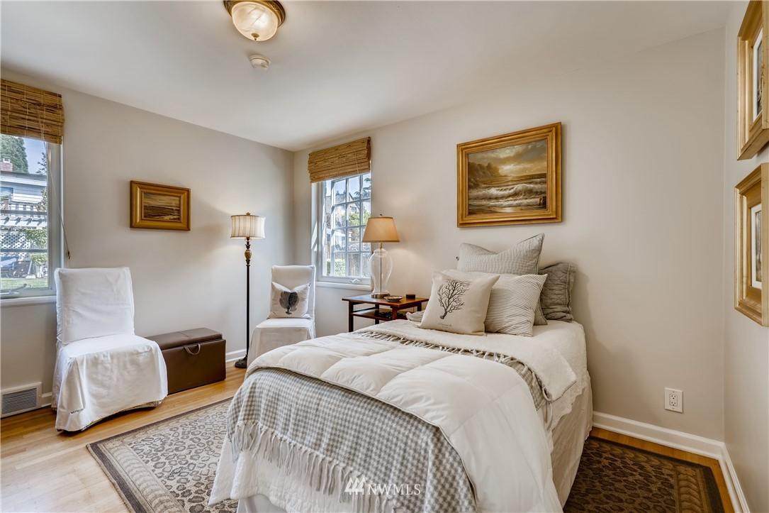Sold Property   3022 42nd Avenue W Seattle, WA 98199 15