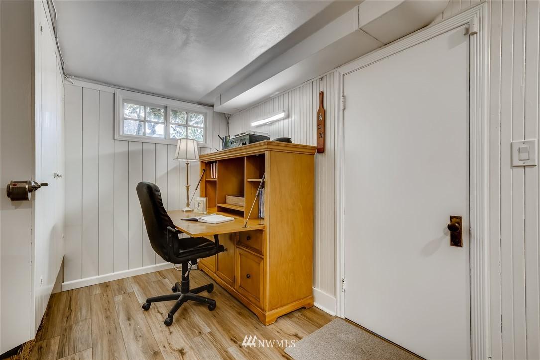 Sold Property   3022 42nd Avenue W Seattle, WA 98199 16