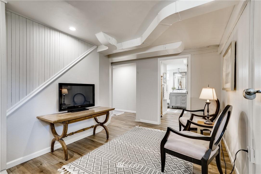 Sold Property   3022 42nd Avenue W Seattle, WA 98199 17