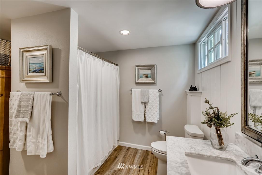 Sold Property   3022 42nd Avenue W Seattle, WA 98199 22