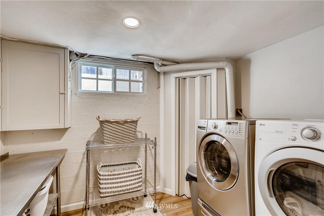 Sold Property   3022 42nd Avenue W Seattle, WA 98199 23
