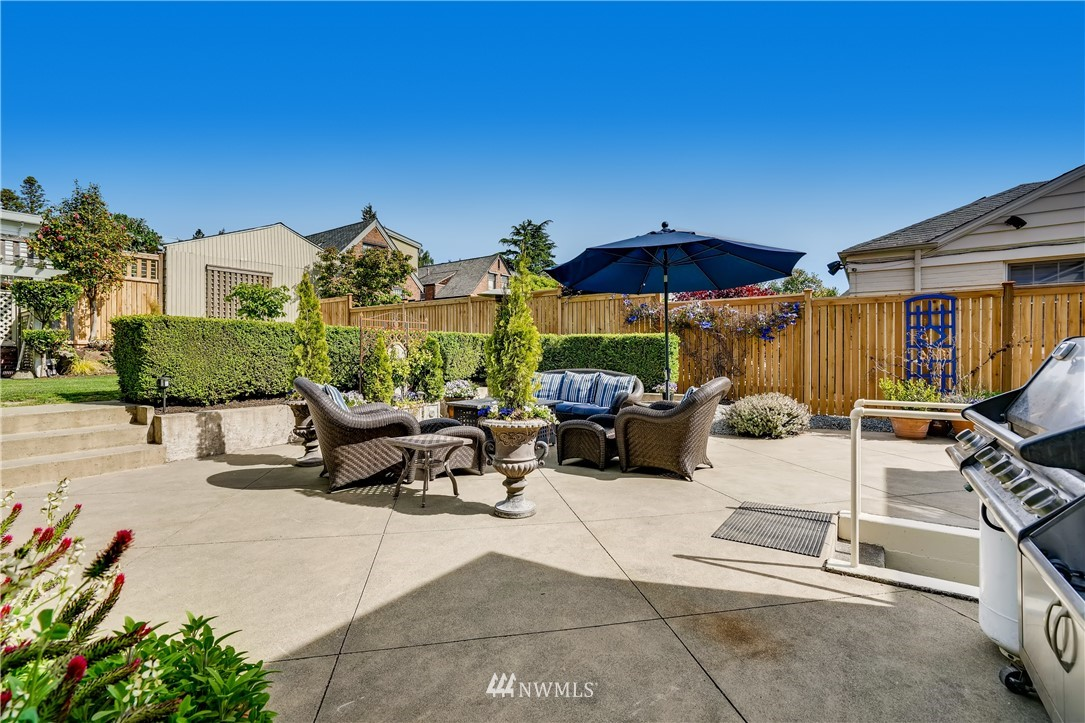 Sold Property   3022 42nd Avenue W Seattle, WA 98199 26