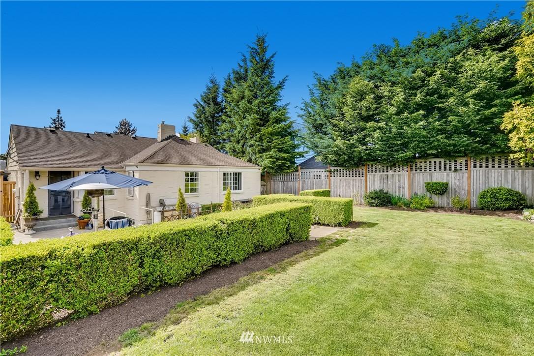 Sold Property   3022 42nd Avenue W Seattle, WA 98199 30