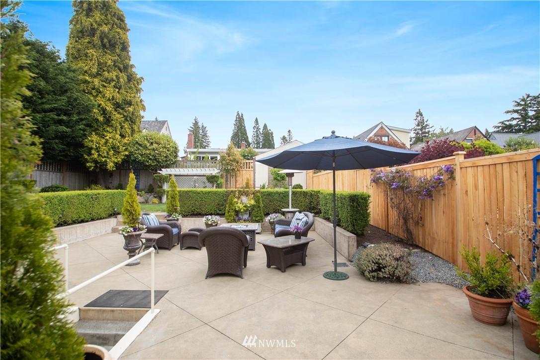 Sold Property   3022 42nd Avenue W Seattle, WA 98199 24