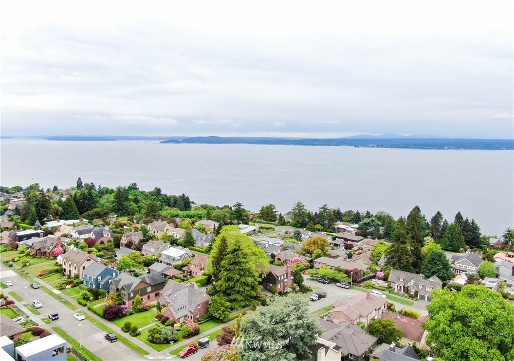 Sold Property   3022 42nd Avenue W Seattle, WA 98199 33