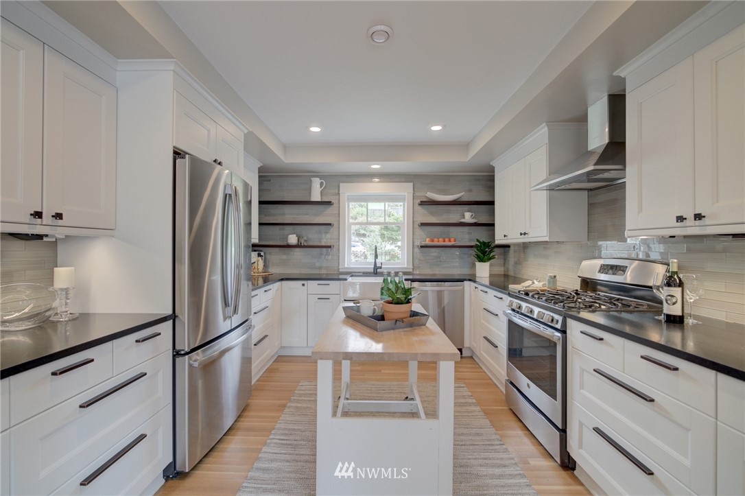 Sold Property | 4323 Baker Avenue NW Seattle, WA 98107 5