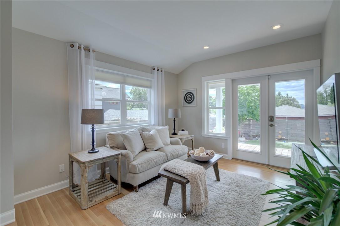 Sold Property | 4323 Baker Avenue NW Seattle, WA 98107 11
