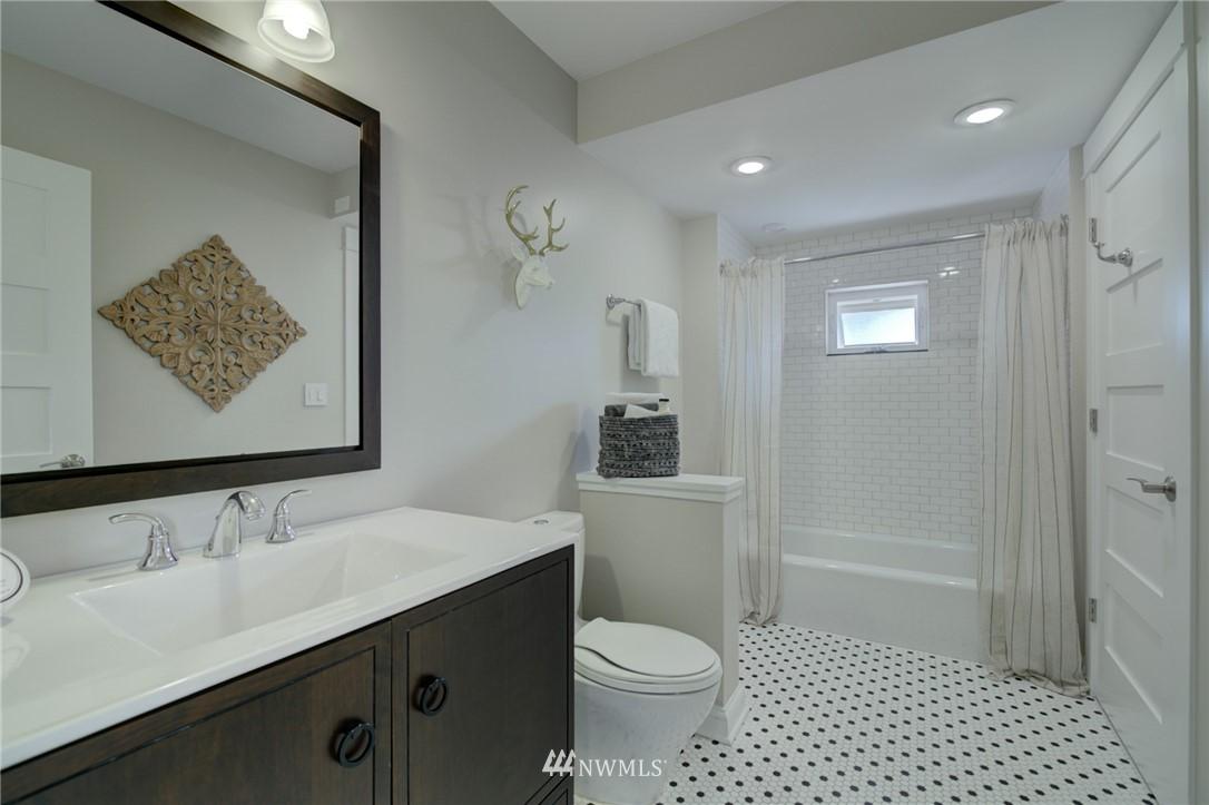 Sold Property | 4323 Baker Avenue NW Seattle, WA 98107 12
