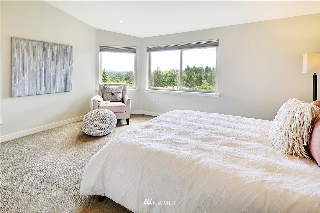 Sold Property | 10532 24th Avenue NE Seattle, WA 98125 14