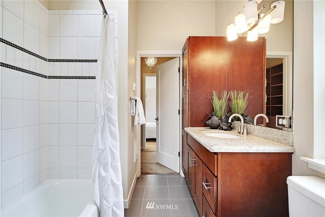 Sold Property | 10532 24th Avenue NE Seattle, WA 98125 16