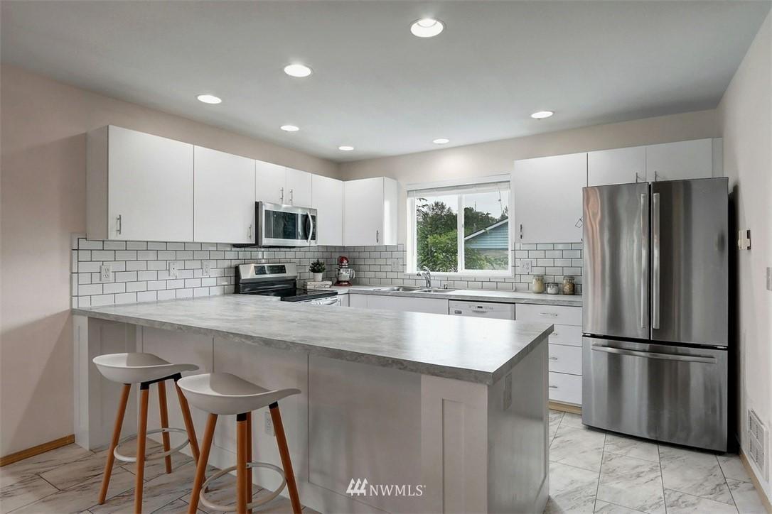 Sold Property | 2414 SW Holden Street #F Seattle, WA 98106 6