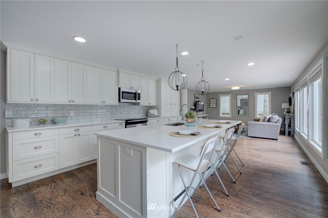 Sold Property | 16805 NE 88th Street Redmond, WA 98052 6