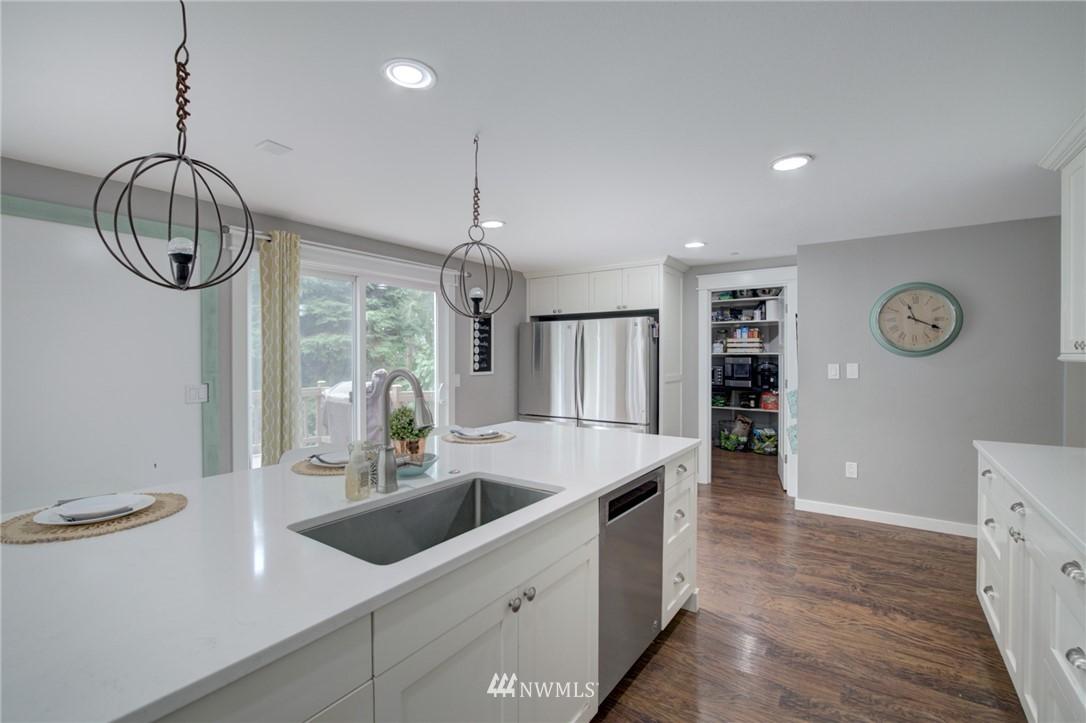 Sold Property | 16805 NE 88th Street Redmond, WA 98052 8