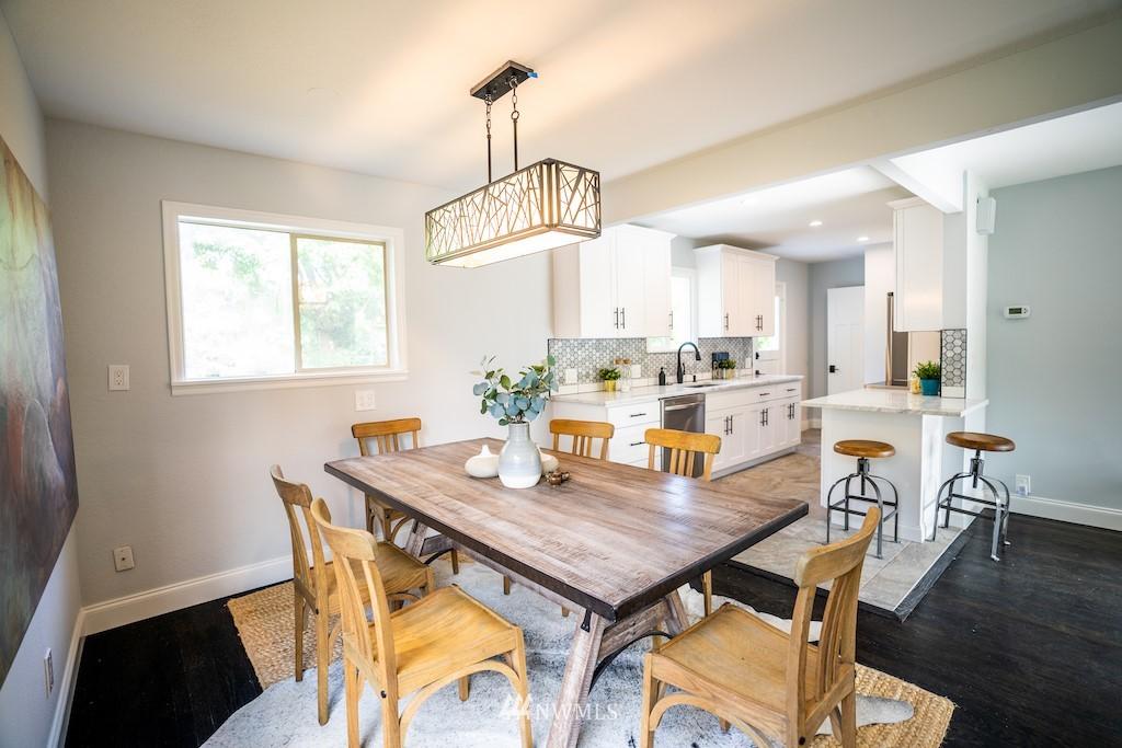 Sold Property | 2824 35th Avenue W Seattle, WA 98199 7
