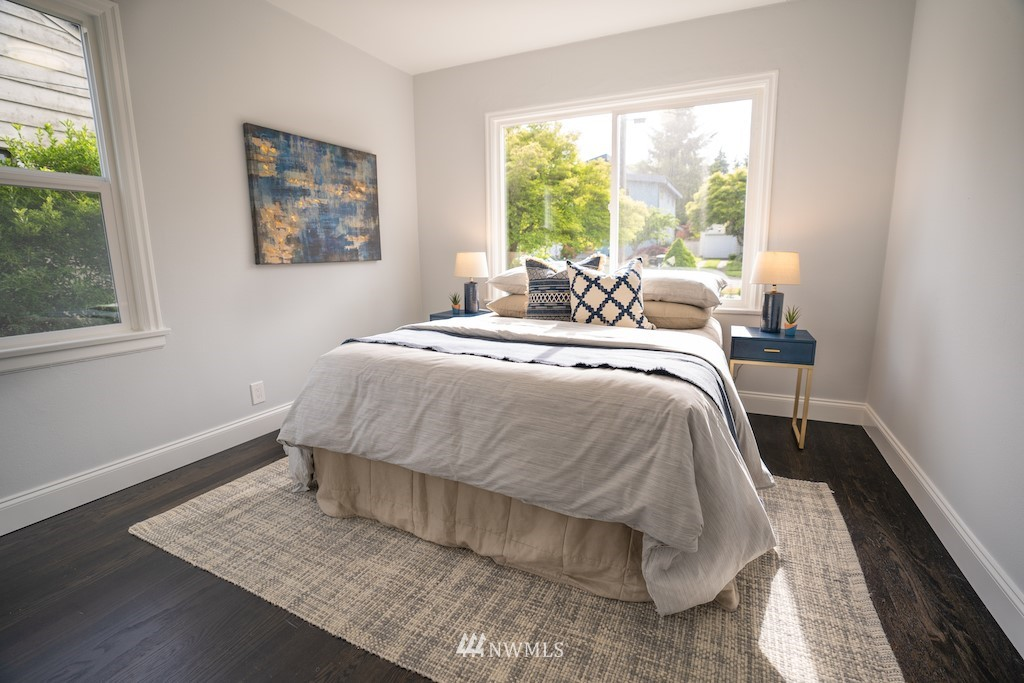 Sold Property | 2824 35th Avenue W Seattle, WA 98199 10