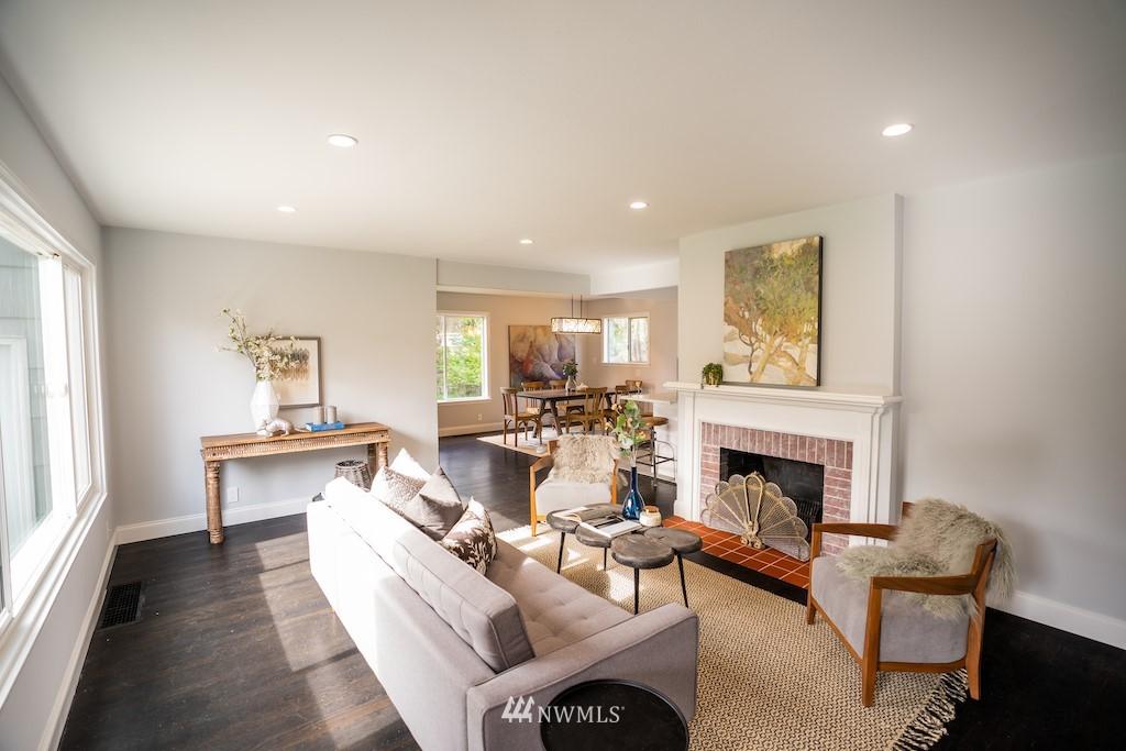 Sold Property | 2824 35th Avenue W Seattle, WA 98199 4