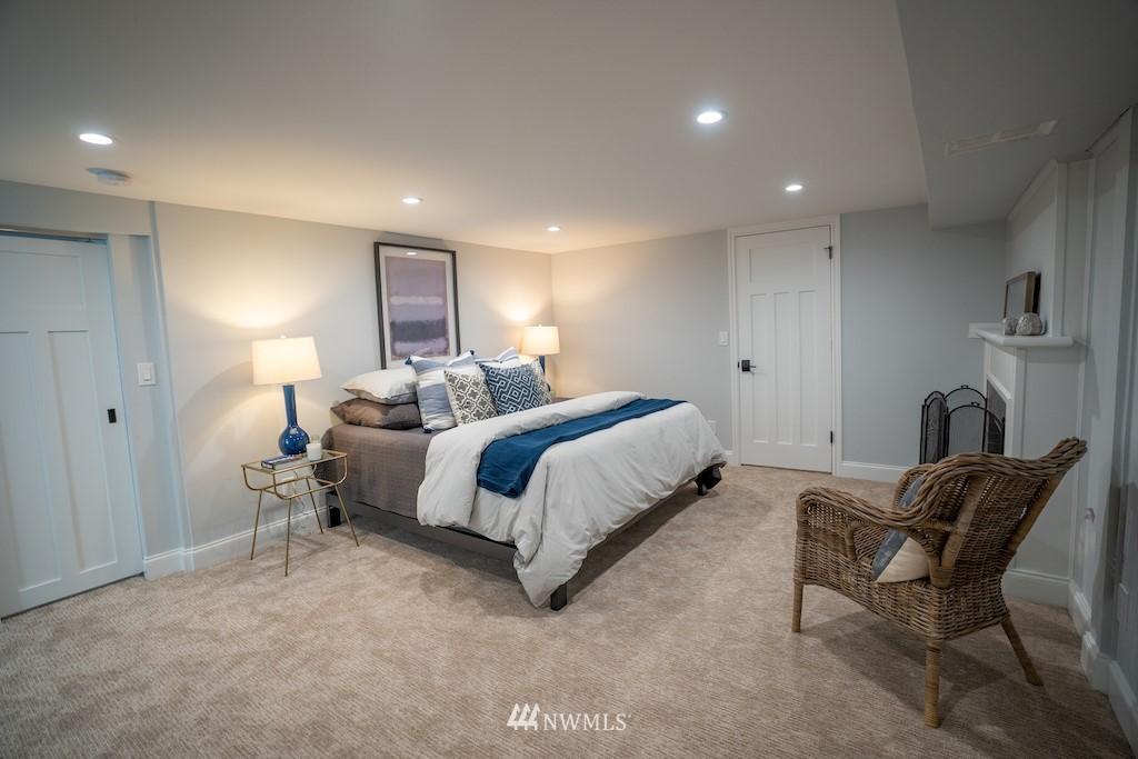 Sold Property | 2824 35th Avenue W Seattle, WA 98199 14