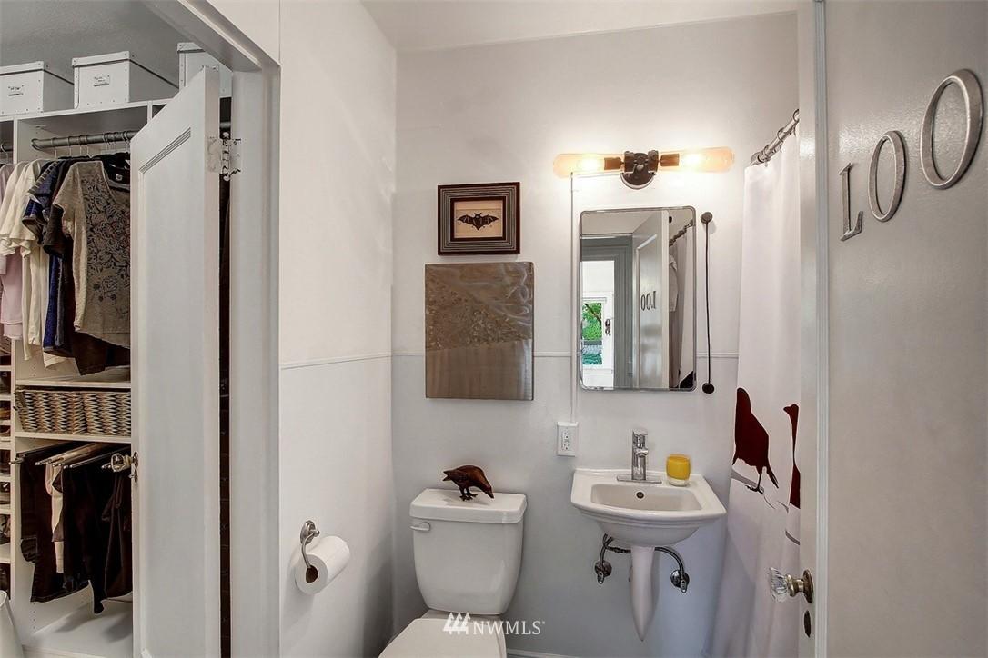 Sold Property   1136 13th Avenue #B Seattle, WA 98122 12