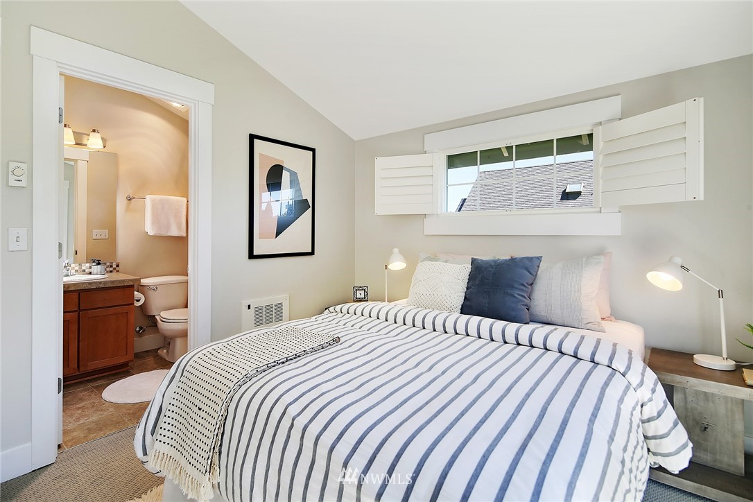 Sold Property   8405 8th Avenue NW #A Seattle, WA 98117 7