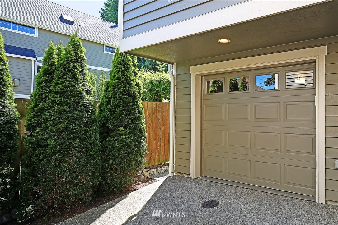 Sold Property   8405 8th Avenue NW #A Seattle, WA 98117 15