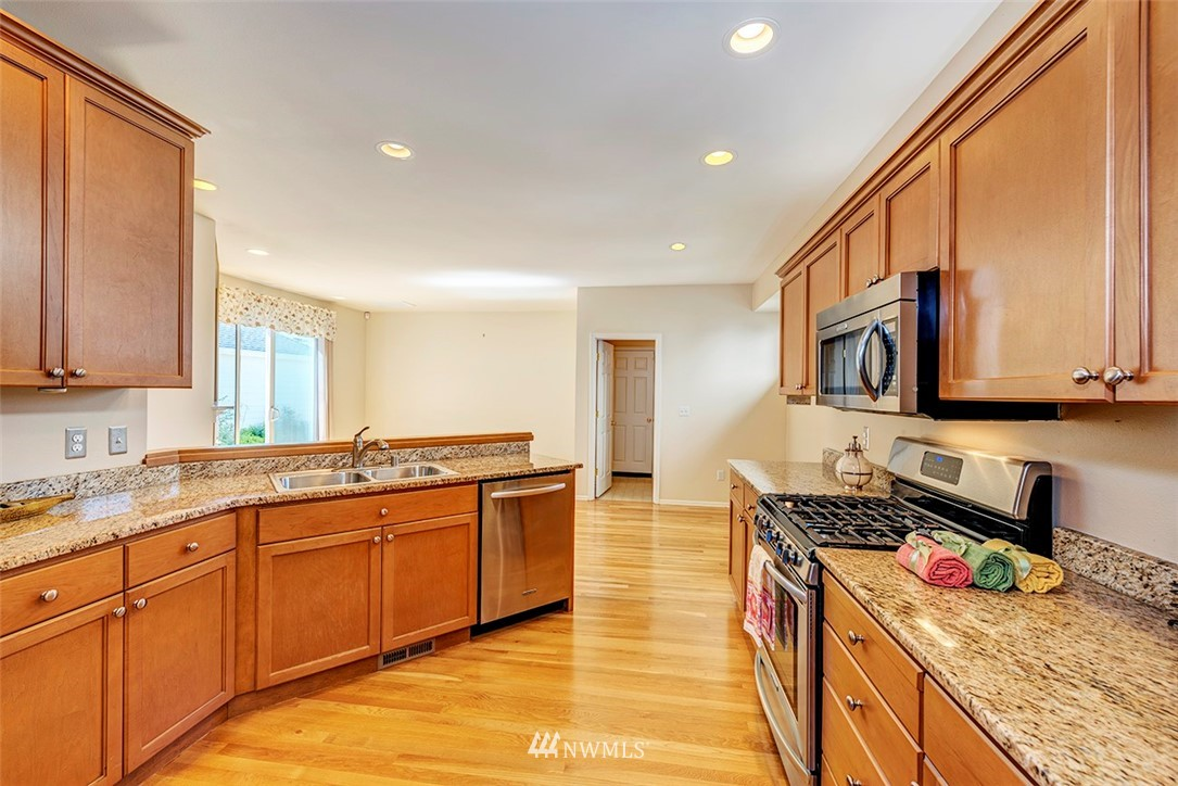 Sold Property   4790 Wilmington Way Mukilteo, WA 98275 2