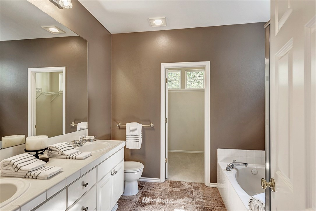 Sold Property   4790 Wilmington Way Mukilteo, WA 98275 10