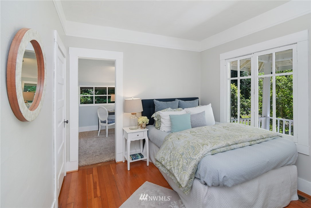 Sold Property   15015 Washington Avenue NE Bainbridge Island, WA 98110 12