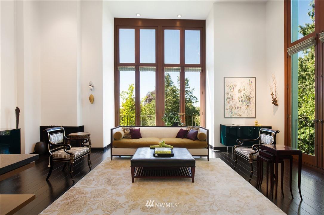 Sold Property   1217 Willard Avenue W Seattle, WA 98119 3