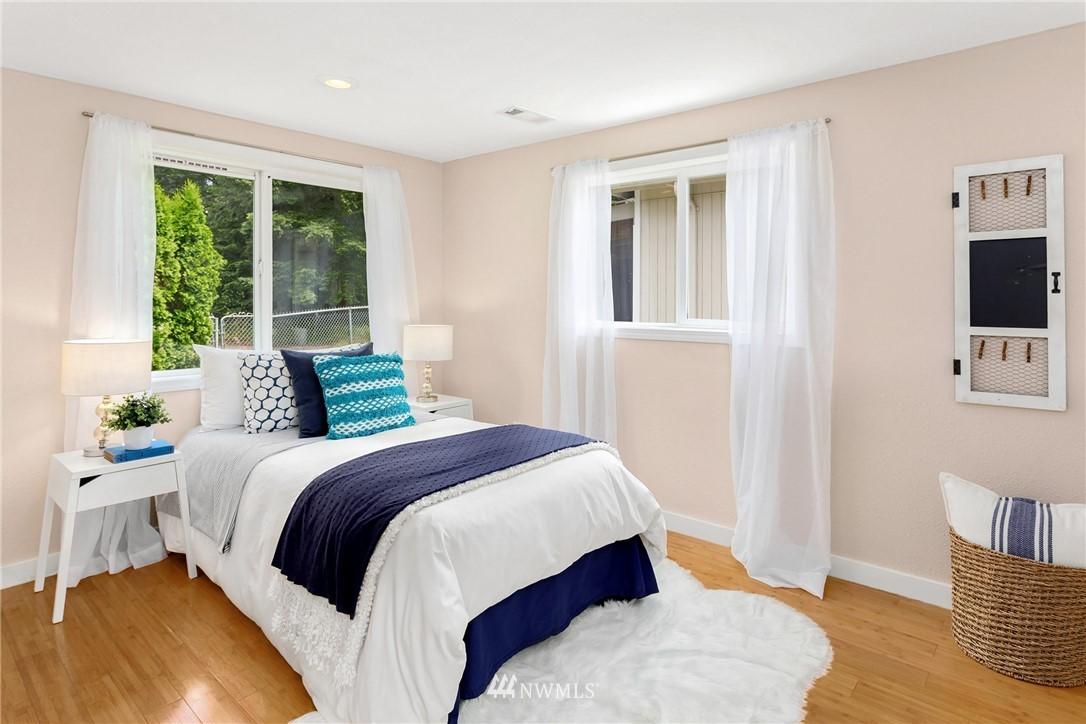 Sold Property | 17604 SE 128th Street Renton, WA 98059 2