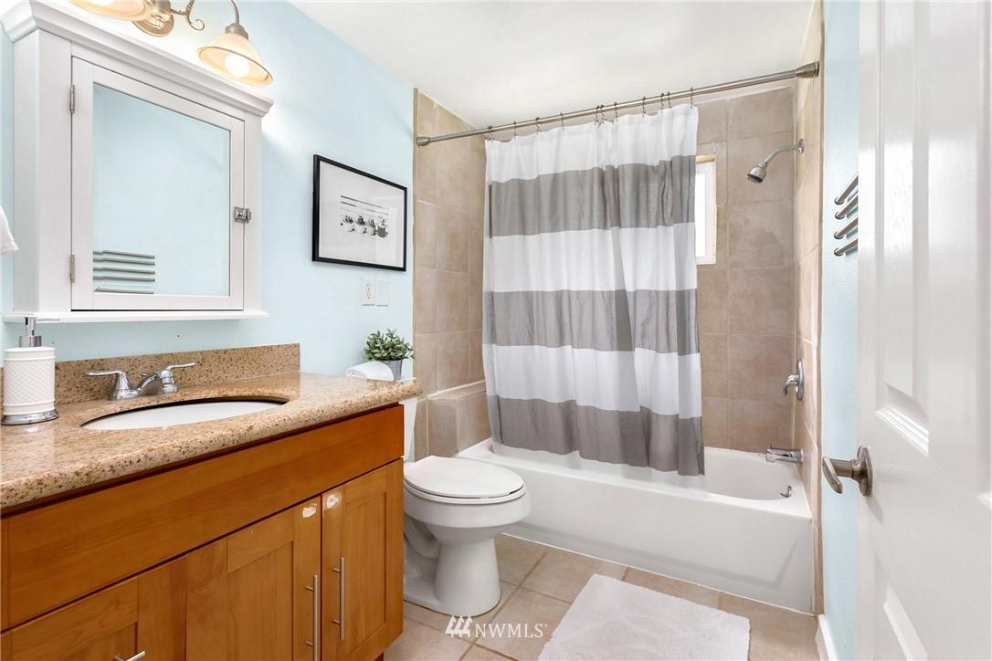Sold Property | 17604 SE 128th Street Renton, WA 98059 3