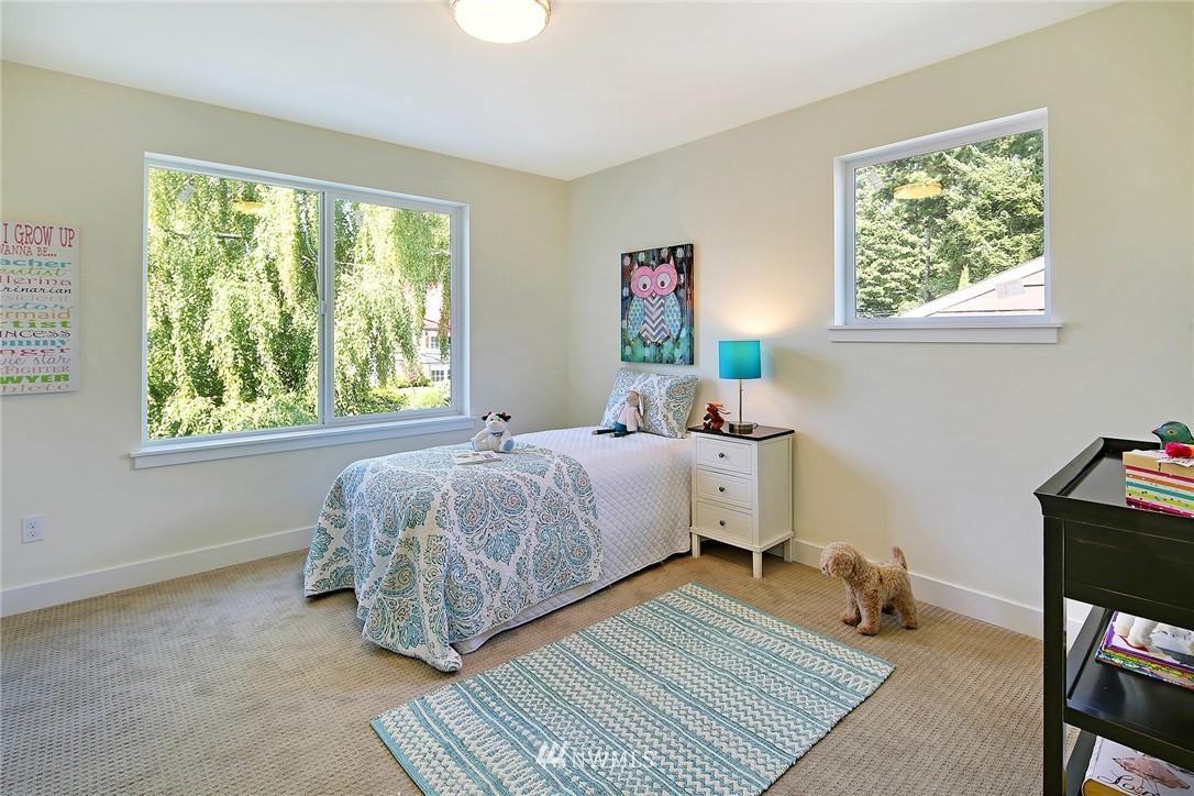 Sold Property   8246 17th Avenue NE Seattle, WA 98115 13