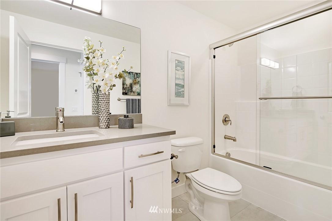 Sold Property   8246 17th Avenue NE Seattle, WA 98115 20