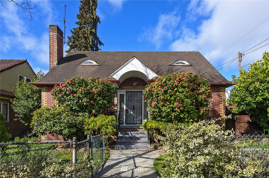 Sold Property   415 20th Avenue S Seattle, WA 98144 0