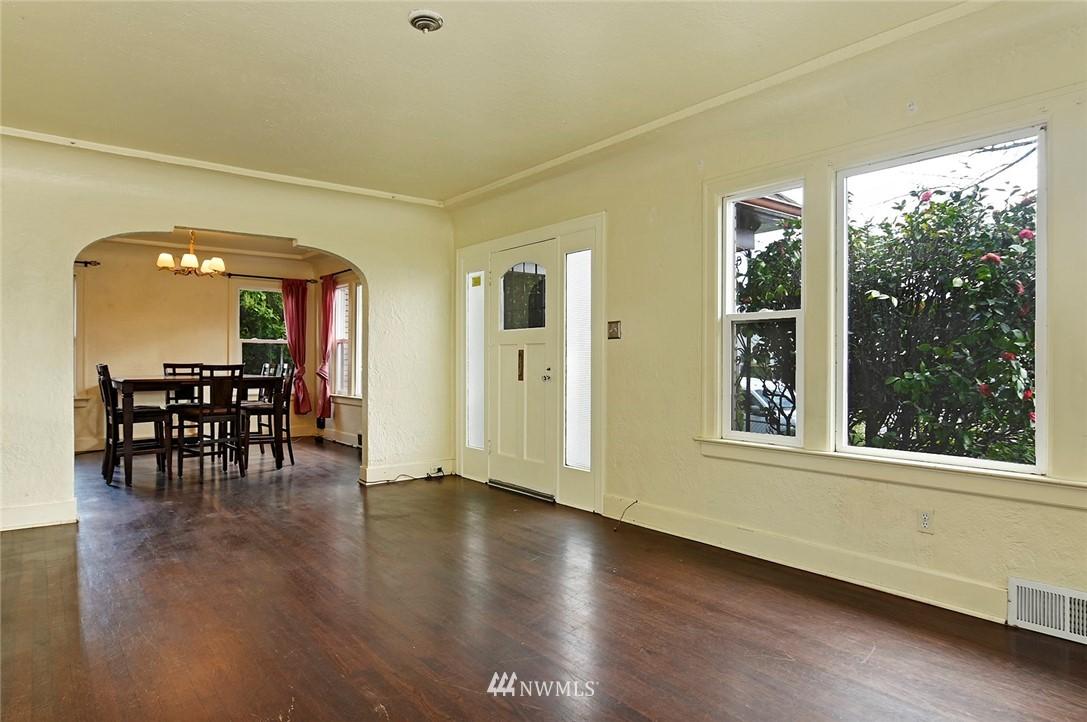 Sold Property   415 20th Avenue S Seattle, WA 98144 4