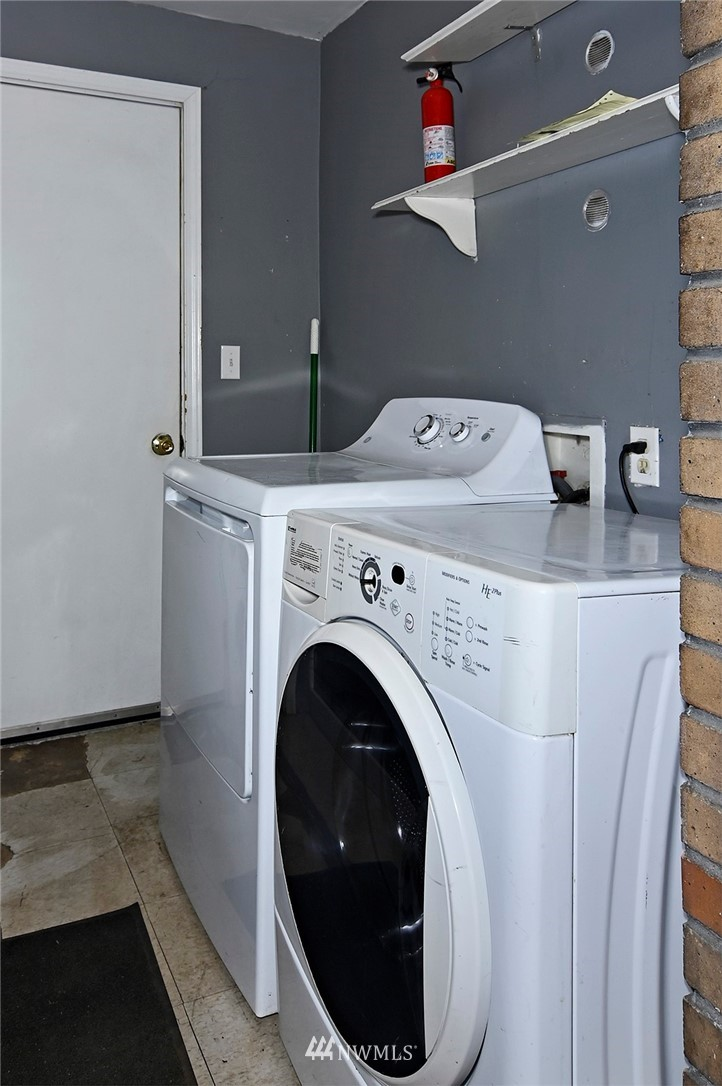 Sold Property   415 20th Avenue S Seattle, WA 98144 10