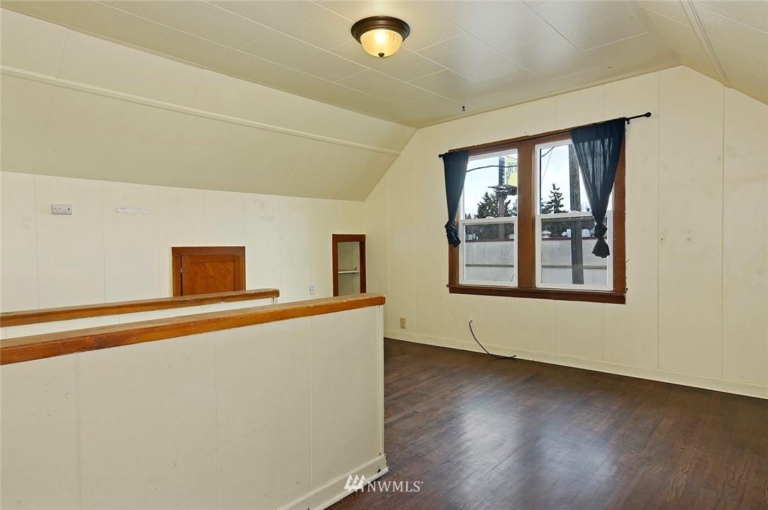 Sold Property   415 20th Avenue S Seattle, WA 98144 13