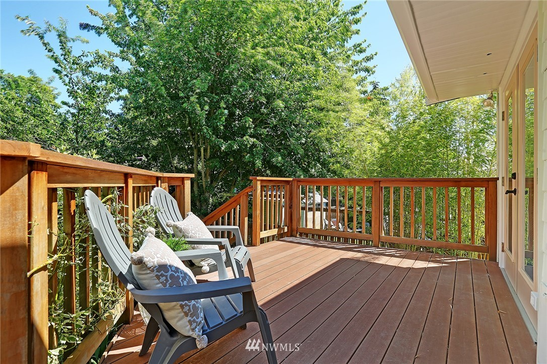 Sold Property | 6534 12th Avenue NW Seattle, WA 98117 21
