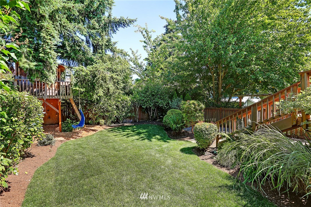 Sold Property | 6534 12th Avenue NW Seattle, WA 98117 23