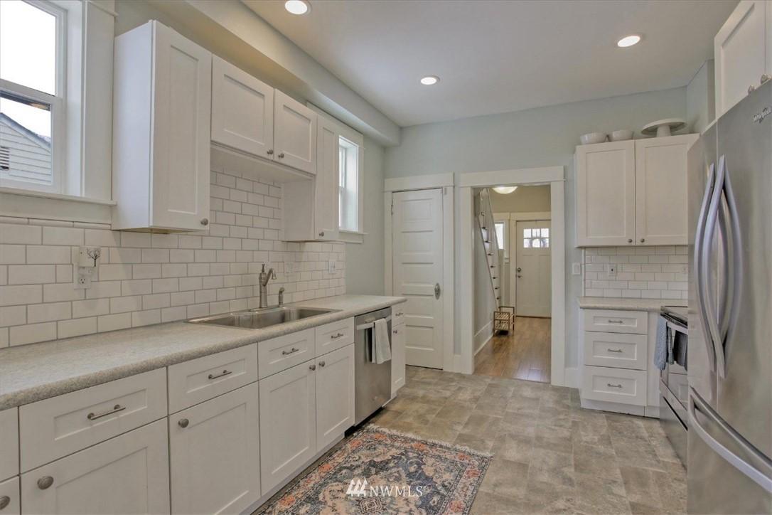 Sold Property | 917 S Sprague Avenue Tacoma, WA 98405 6