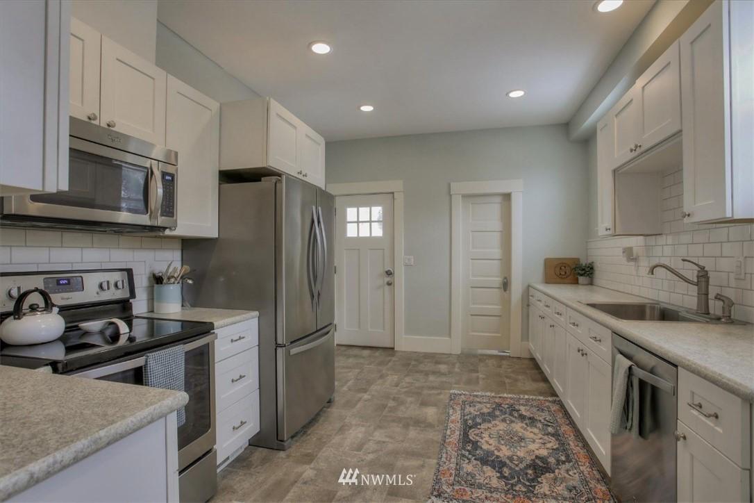 Sold Property | 917 S Sprague Avenue Tacoma, WA 98405 8