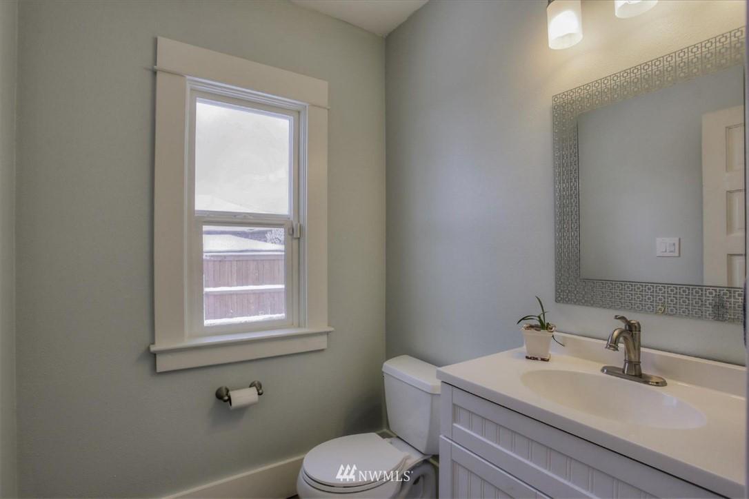 Sold Property | 917 S Sprague Avenue Tacoma, WA 98405 9