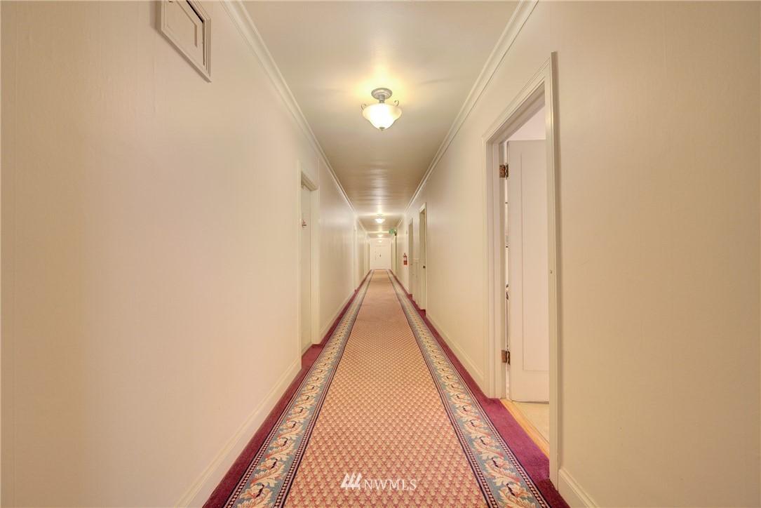 Sold Property | 5810 Cowen Place NE #306 Seattle, WA 98105 1