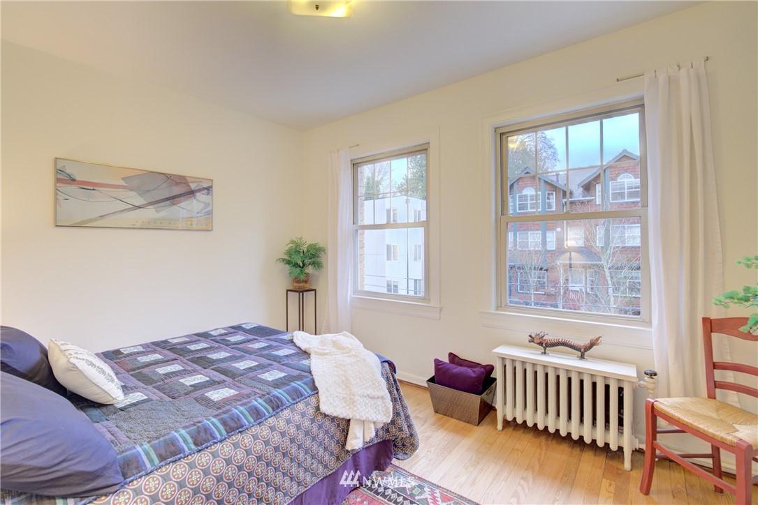 Sold Property | 5810 Cowen Place NE #306 Seattle, WA 98105 11