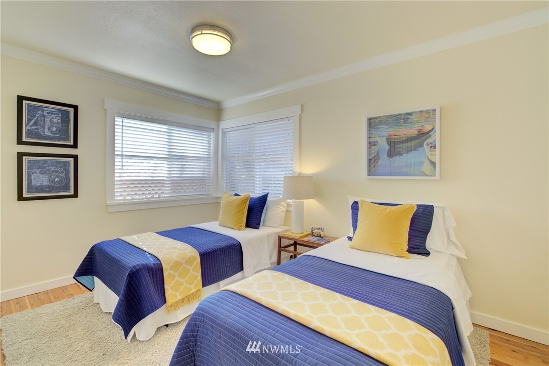 Sold Property | 8814 Burke Avenue N Seattle, WA 98103 10