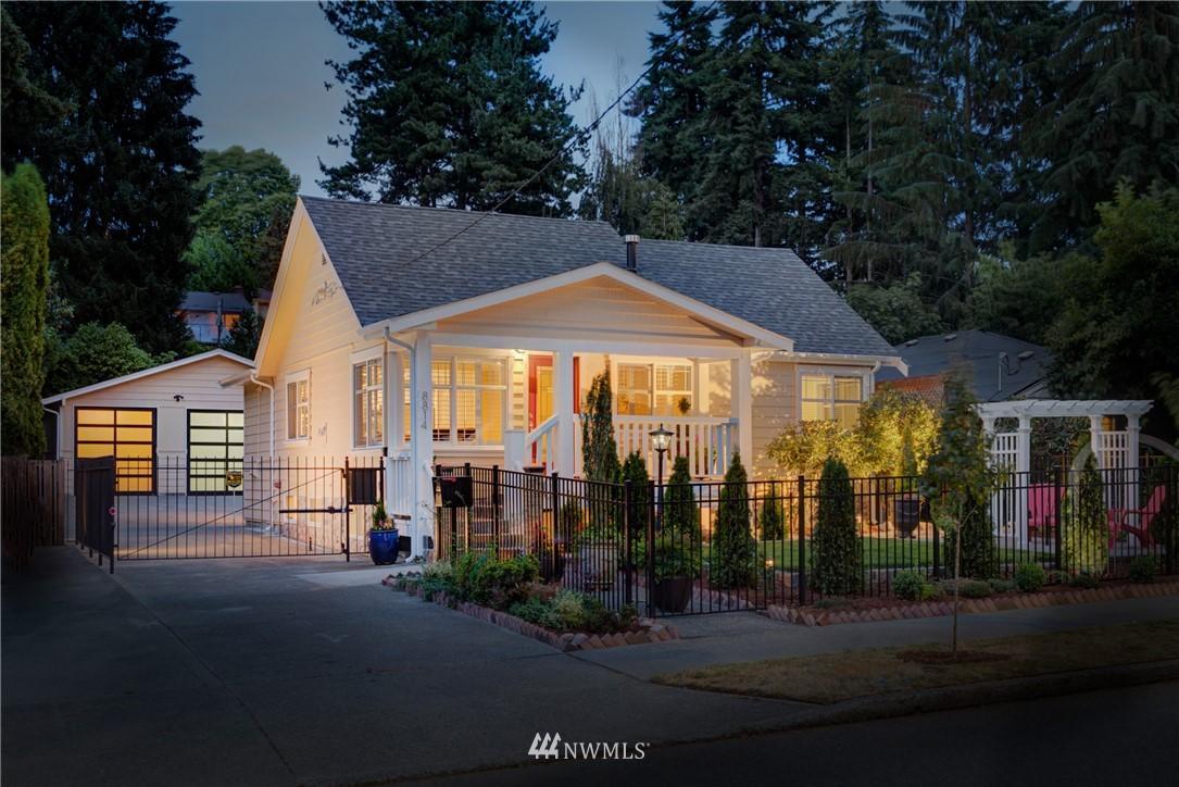 Sold Property | 8814 Burke Avenue N Seattle, WA 98103 20