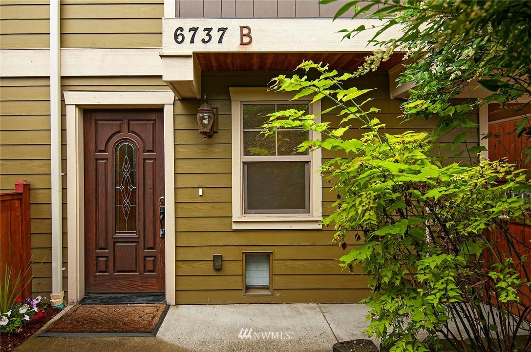 Sold Property | 6737 24th Avenue NW #B Seattle, WA 98117 1